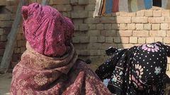 Csoportos nemi erőszak áldozata lett, SMS-ben vált el tőle a férje