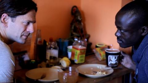 Klein Dávid otthonába egy ugandai menekült költözött