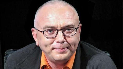 Élő adásban jelentette be a műsorvezető, hogy HIV-fertőzött