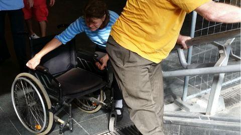 Akadálymentesítés: kirekesztik a mozgássérülteket és a babakocsisokat a metróból?