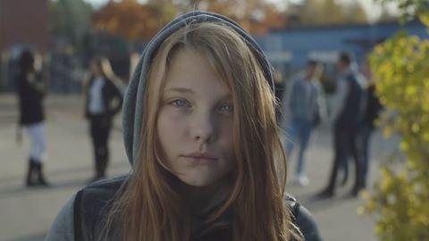 """""""Védd meg a lányodat az erőszaktól!"""" – a videó, ami az apukáknak üzen"""