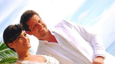 Barátnője ruhájában ment férjhez Görög Zita – fotó