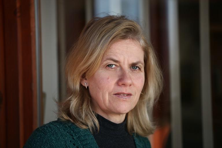Sarlós Erzsébet igazgató