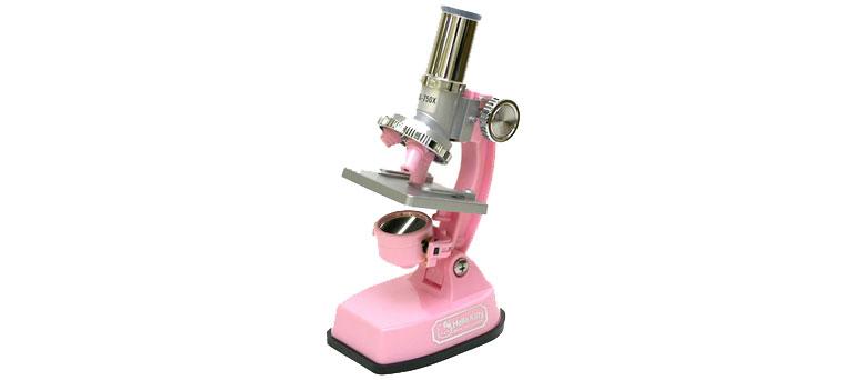 Mert ha a nők tudománnyal akarnak foglalkozni, azt csak pink mikroszkóppal tehetik...