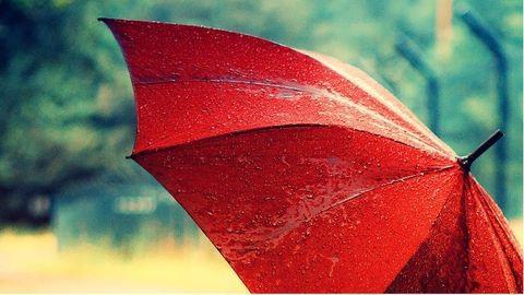 Időjárás: erős szél és eső érkezik