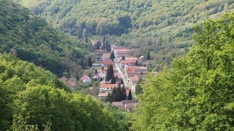Hegyvidéki falu, amit a magyar Svájcnak is neveznek