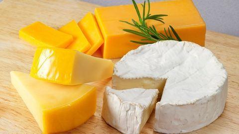 Ezekkel lepd meg sajtimádó ismerőseidet