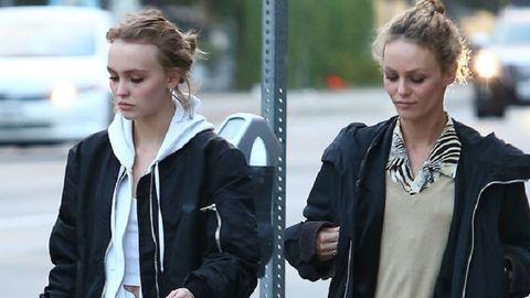 Mintha ikrek lennének Johnny Depp lánya és volt felesége
