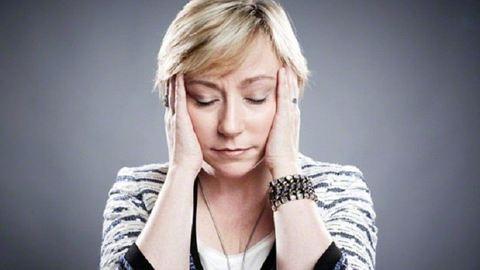 Ezért fáj többet a nők feje a menopauza alatt