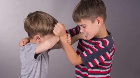 Külön tanítják az osztálytársait bántalmazó makói fiút