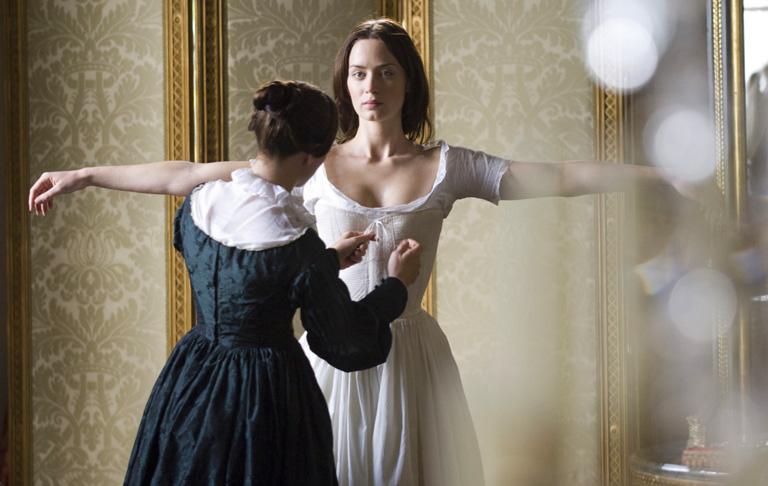 Emily Blunt az Az ifjú Viktória királynő c. filmben