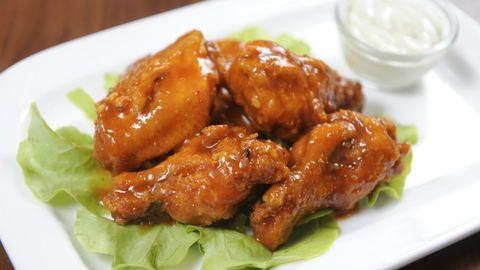 Gyors vacsora: csípős csirkeszárny