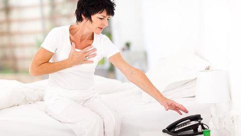 Ez a megdöbbentő tünet akár a szívinfarktus jele is lehet