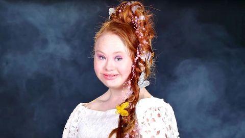 Disney-hercegnő lett a Down-szindrómás modellből – videó