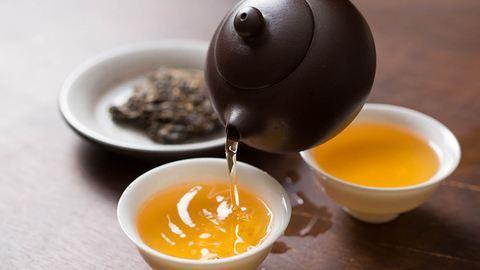 Ezek a teák segíthetnek az elalvásban