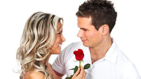 Ezek a szerelmes férfi ismertetőjegyei