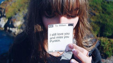 Mit üzennél az első szerelmednek, aki összetörte a szíved?