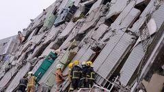 Tajvani földrengés: sokan vannak még a romok alatt