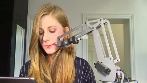 Létezik, de azért még nem hibátlan a rúzsozógép – videó