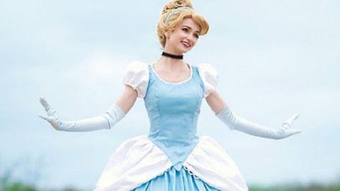 Milliókat költ a tökéletes Disney-hercegnős jelmezekre ez a lány – fotók