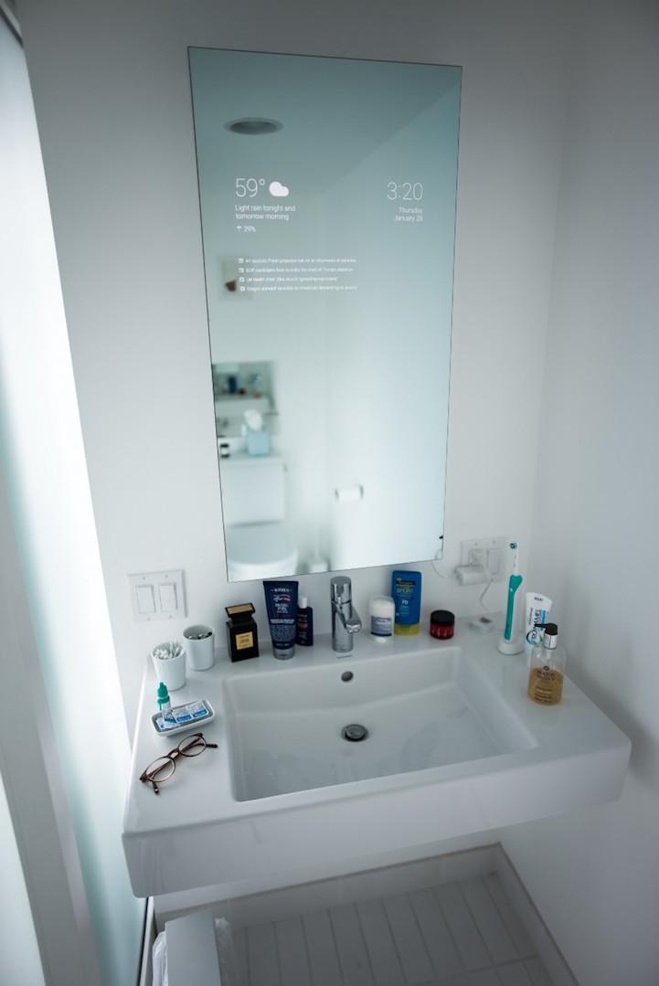 iPhone-t csinált fürdőszobatükréből a technológiai zseni