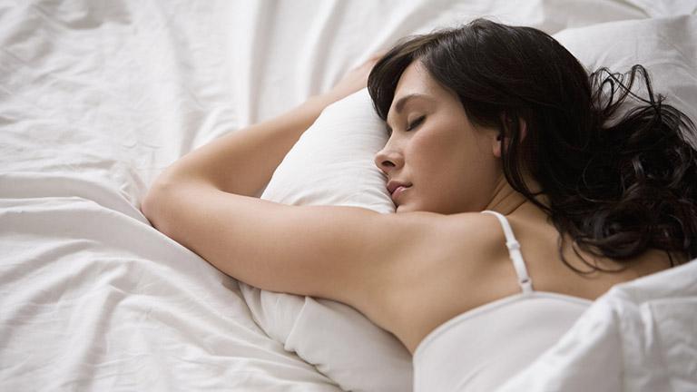 Az alvási pózod befolyásolhatja egészségedet - megmondjuk hogyan