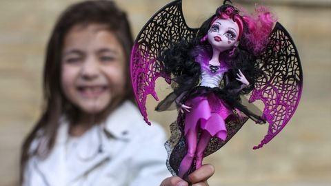 Kihívó zombi-babáktól félti a gyerekeket egy képviselő
