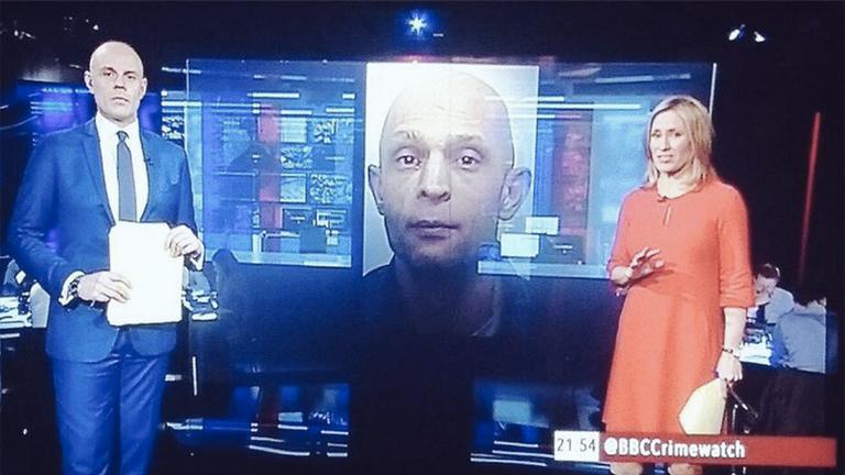 Balra Jason Mohammad, a képernyőn Viktor Lakatos (Fotó: Twitter)