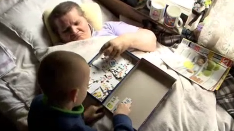 Ismerd meg Danikát, a 7 éves családfőt