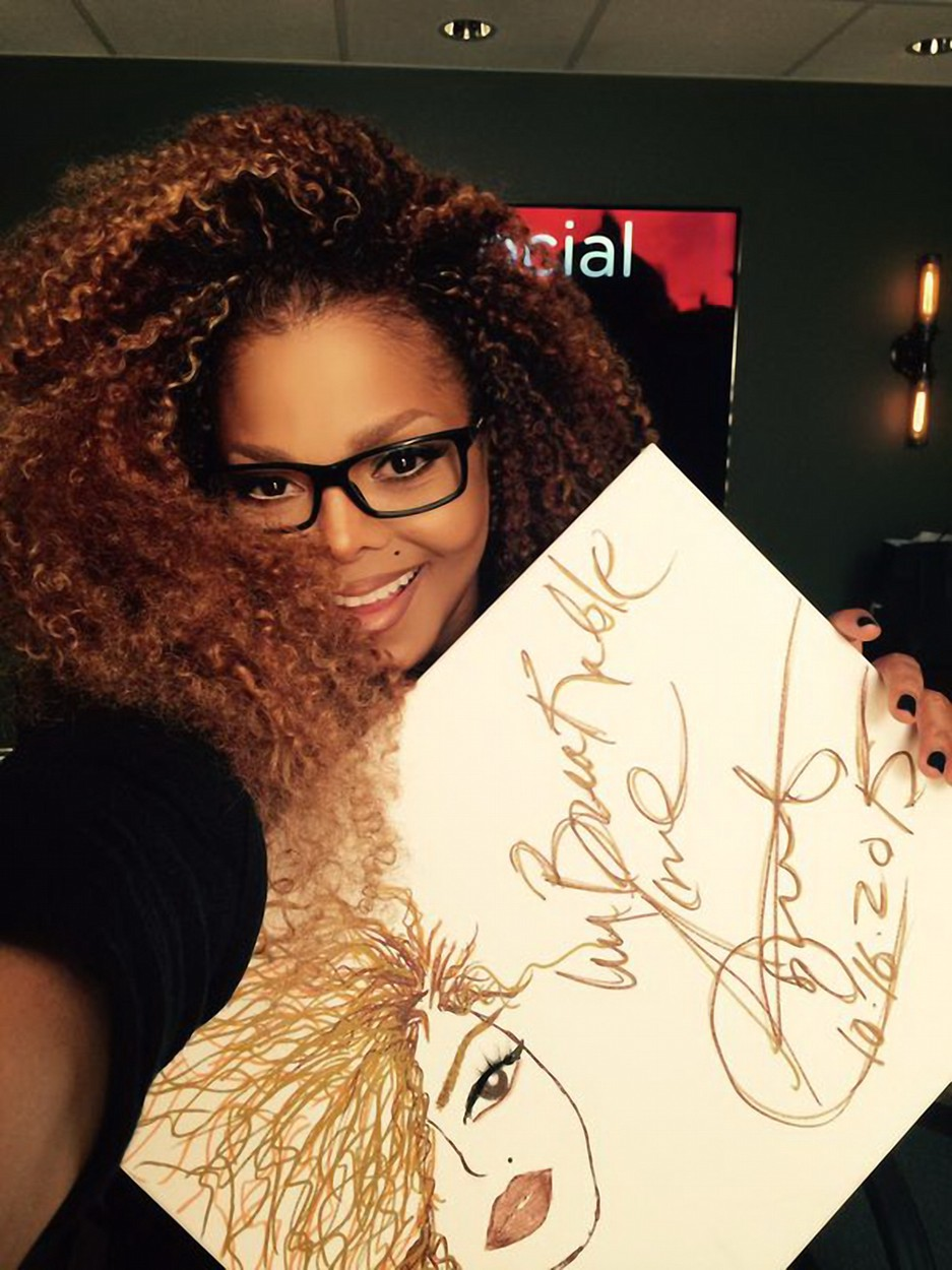 Legalább 10 évet letagadhat az idén 50 éves Janet Jackson - fotók