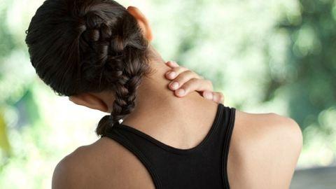 7 egyszerű jógapóz a nyakfájás ellen