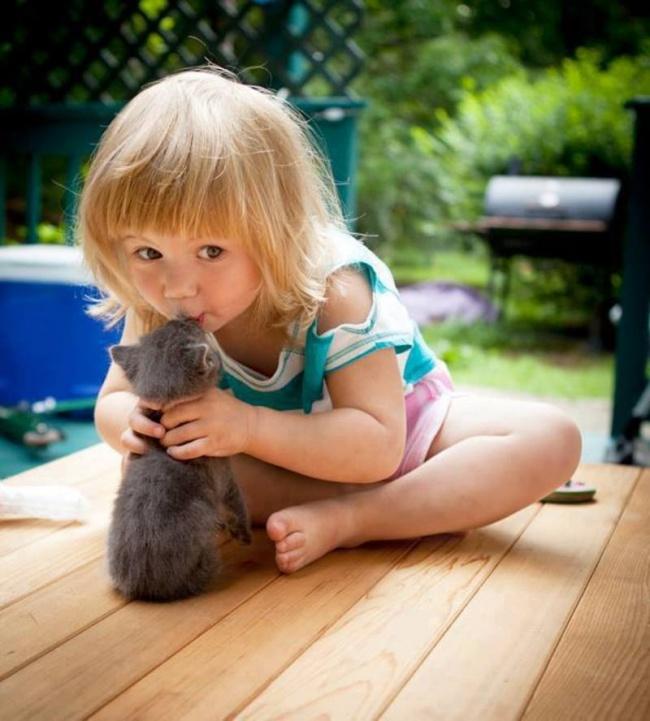 Fotók, amik bizonyítják, hogy minden gyereknek kell egy kisállat