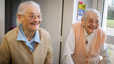 Ez a hosszú élet titka a 104 éves ikrek szerint