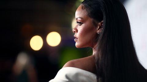 Rihanna és a hiszti már 28 éve együtt jár – gifekben, hogy mit gondol a világról