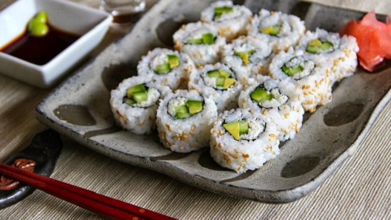 Jobban hizlal a szusi, mint a hamburger?
