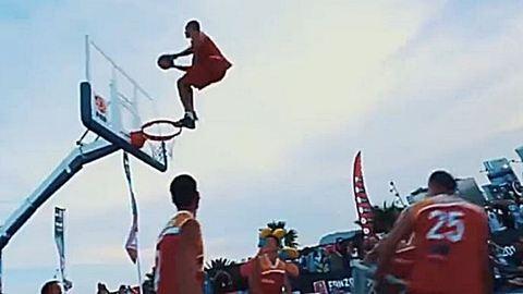 Itt a bizonyíték, hogy az extrém sportolók nem is emberek – videó