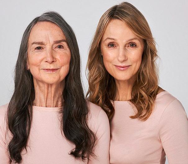 Itt a bizonyíték, hogy mindenki úgy öregszik, ahogy az édesanyja!