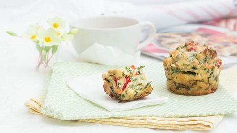 Medvehagymás-fetás muffinrecept