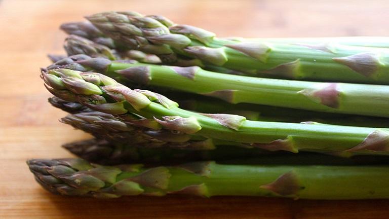 5 zérókalóriás zöldség, amiből lelkiismeret furdalás nélkül ehetsz