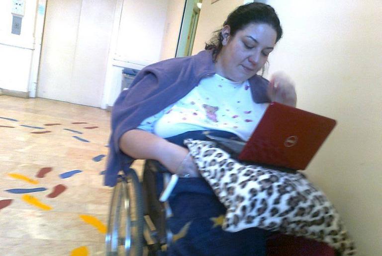 """""""Azt mondták, nem fogok járni többé, és nem leszek önellátó"""" – Enikő 28 évesen élte túl a stroke-ot"""