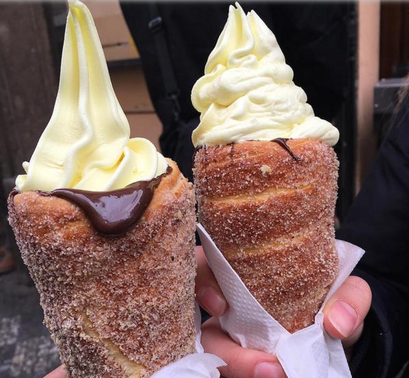 Újabb édességhibrid a láthatáron: itt a fánktölcséres fagyi!