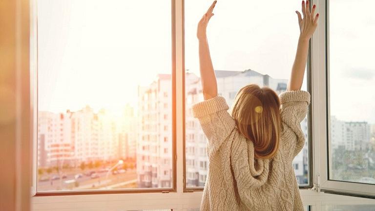 5 tipp, hogy gyorsabban menjen a reggeli felkelés