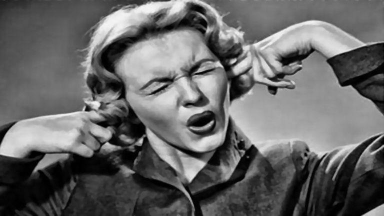 Hangok is kiválthatnak erős szorongást