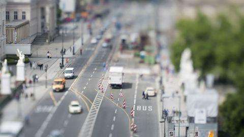 Március 15.: itt lesznek forgalomkorlátozások, útlezárások vidéken