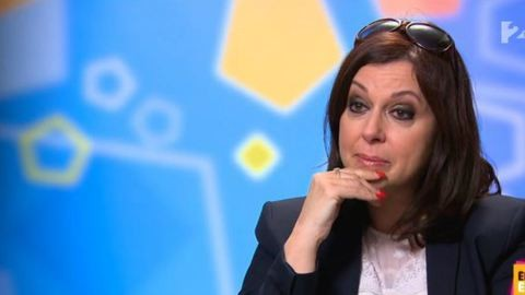 Erdélyi Mónika sírva mesél az édesanyjáról