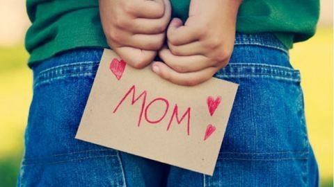 Szuper DIY ajándék ötletek anyák napjára – videókkal