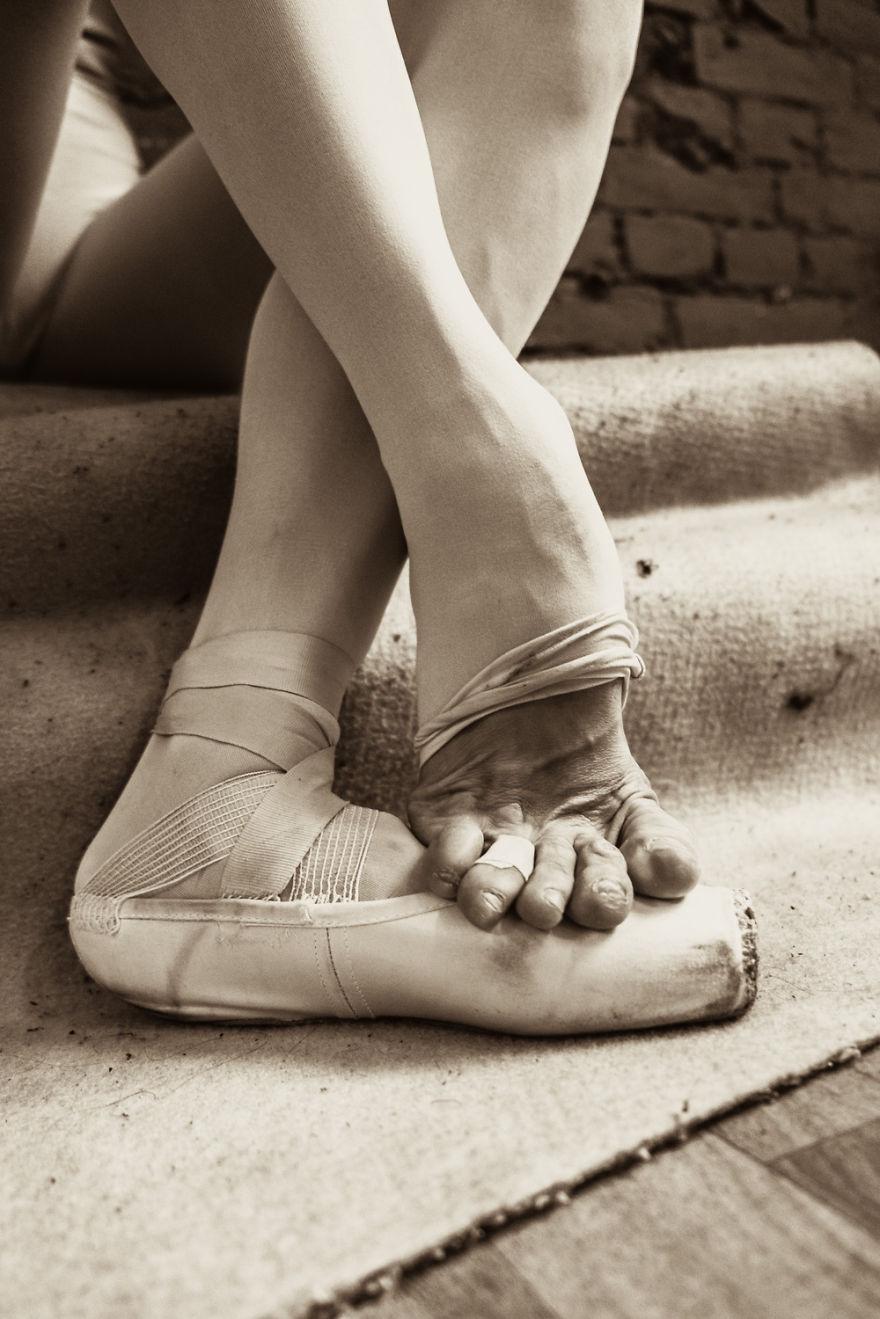 Lenyűgöző háttérfotók a szentpétervári balett életéről egy balerina szemével