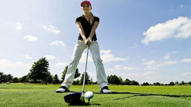 Világszerte egyre több nő kezd golfozni