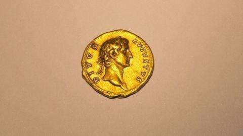 Római érmére bukkant a nő kirándulás közben
