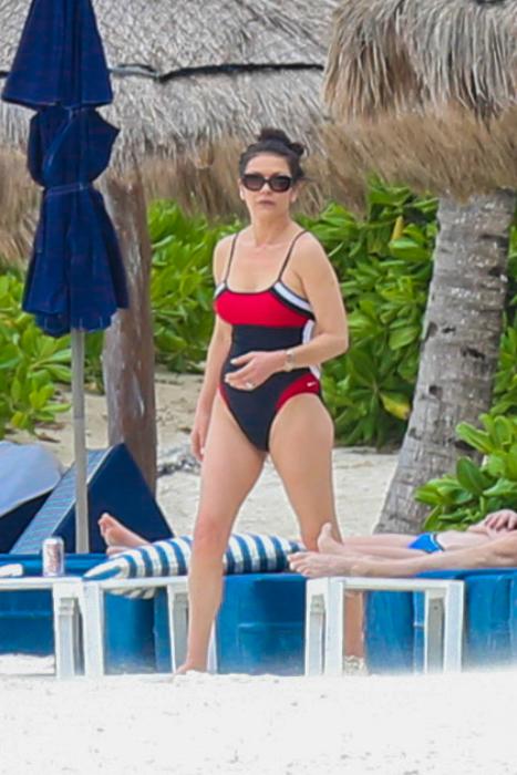 Catherine Zeta-Jones dögös és szerelmes
